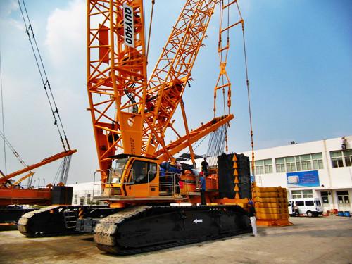 400吨履带吊成就单台高吨位